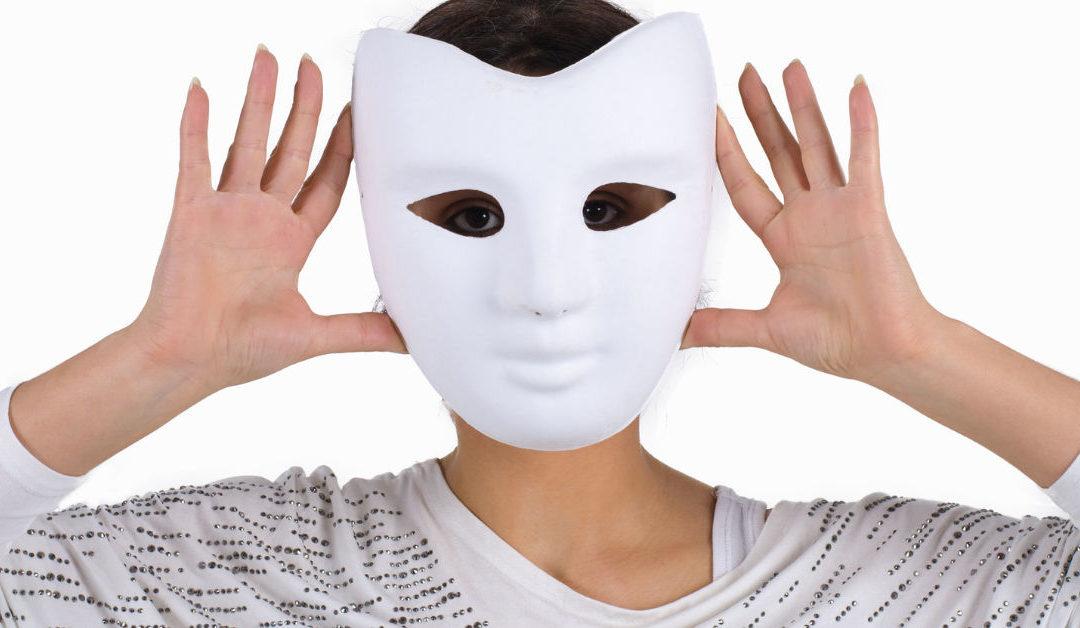 Die Masken fallen lassen  – Mehr sein als Schein